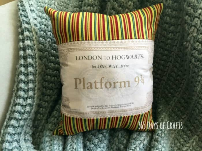 Harry Potter Pillow – Ticket to Hogwarts by 365 Days of Crafts