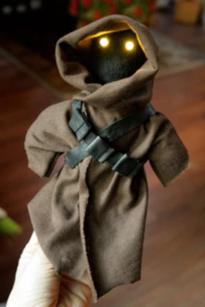 Jawa Doll with Real Eye Light Action by Bitter Betty Blogs