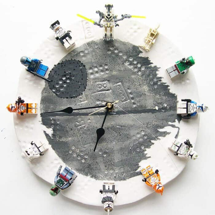 Lego Star Wars Clock by Instructables