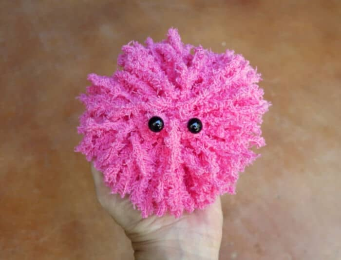 Make a Pygmy Puff by Morenas Corner