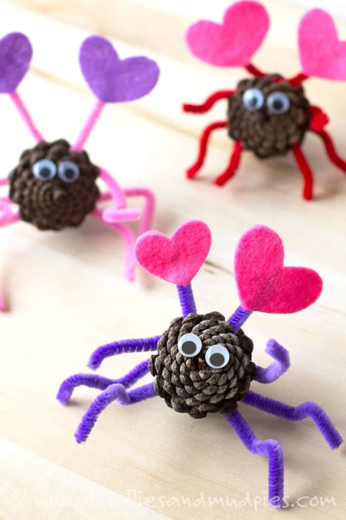 Pine Cone Love Bugs by Fireflies and Mud Pies