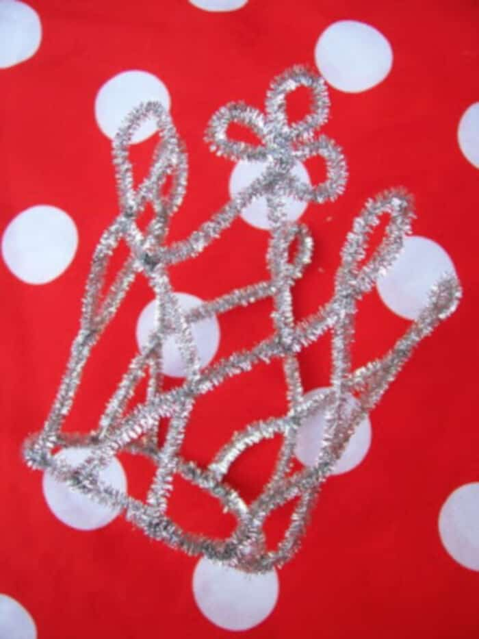 Pipe Cleaner Princess Tiara by WhiMSy Love