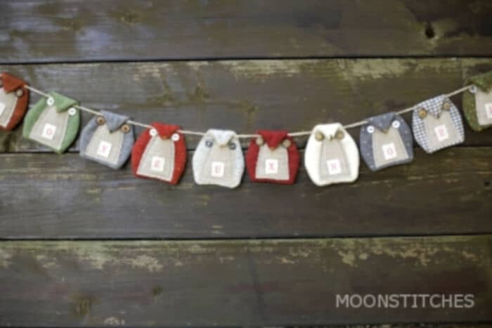 Zakka Style Owl Pennant by Moonstitches
