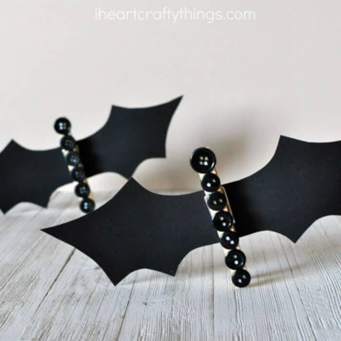 Cute Clothespin Button Bat by I Heart Crafty Things