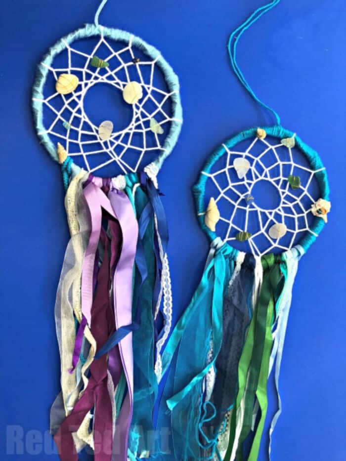 DIY-Mermaid-Dreamcatcher-by-Red-Ted-Art