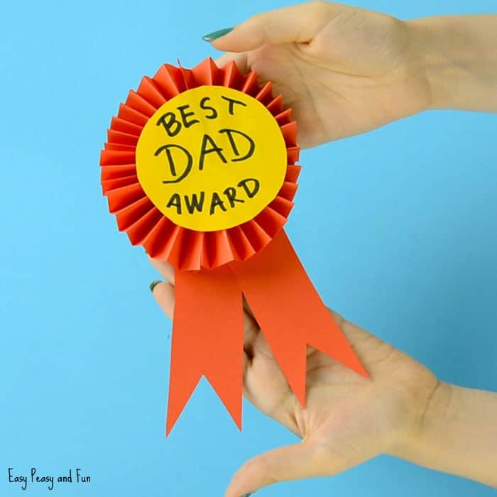 DIY Paper Award Ribbon by Easy Peasy and Fun