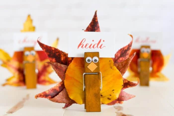 Easy Turkey Place Card Holders by Hey, Lets Make Stuff
