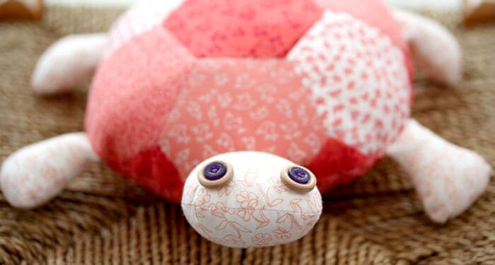 How-to-Make-a-Fat-Quarter-Turtle-by-Hobby-Craft