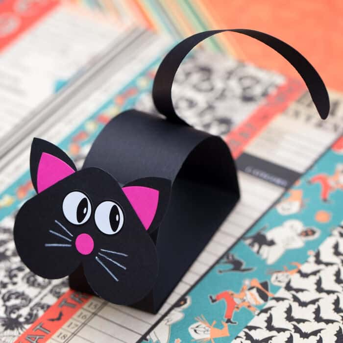 How to Make a Fun Black Cat Craft for Halloween by Fireflies and Mud Pies