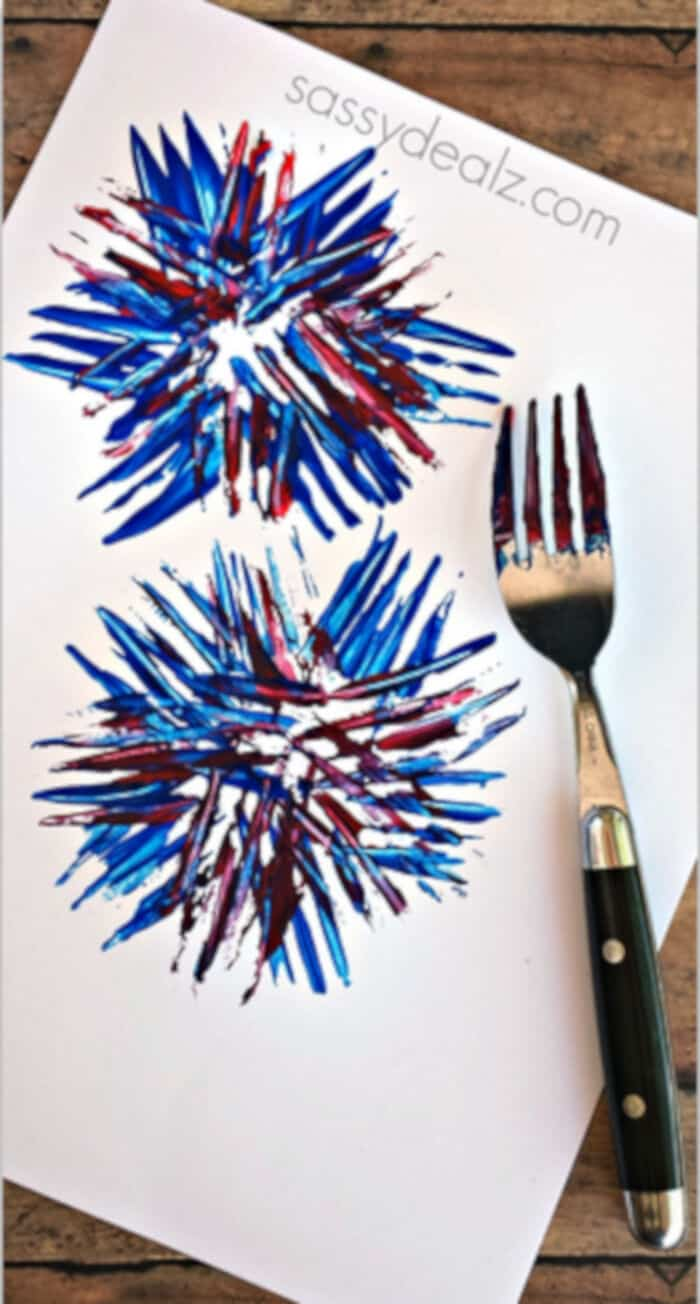 Kids Fireworks Craft by Crafty Morning