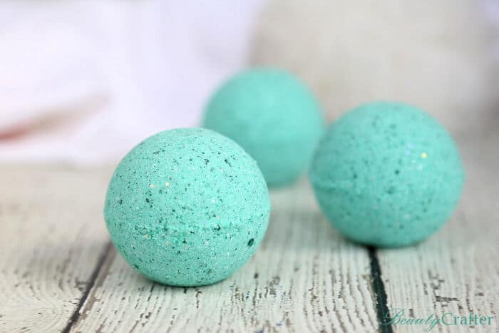Mermaid-Bath-Bombs-DIY-by-Beauty-Crafter