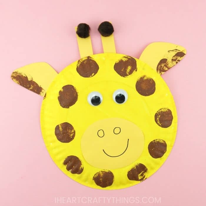 Paper-Plate-Giraffe-by-I-Heart-Crafty-Things