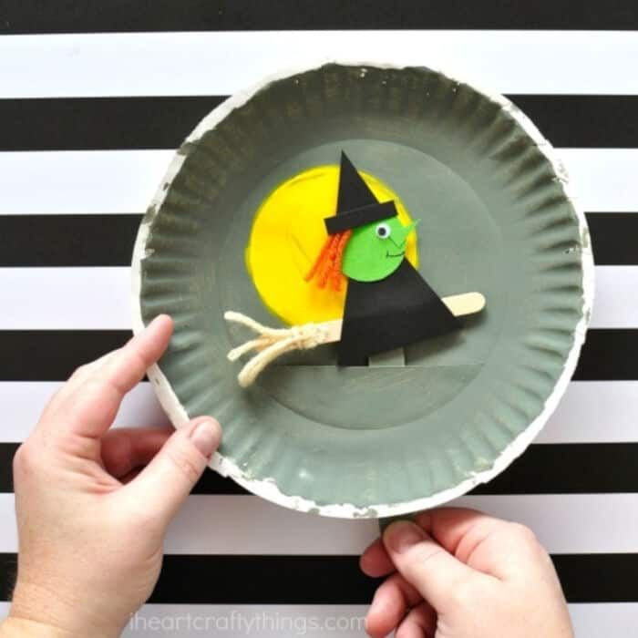 Playful Paper Plate Halloween Craft by Heart Crafty Things