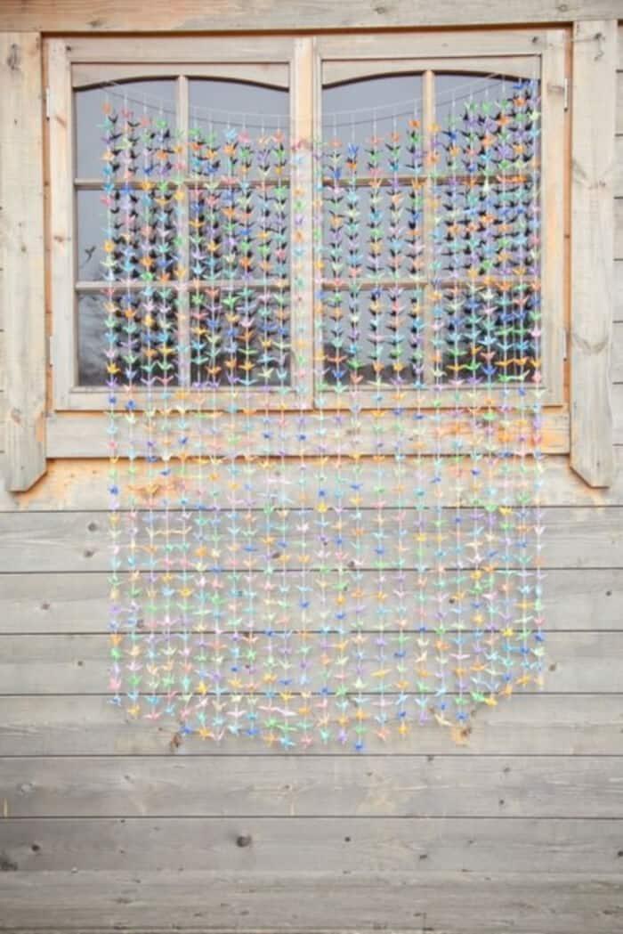 1000-Paper-Cranes-by-Boho-Weddings