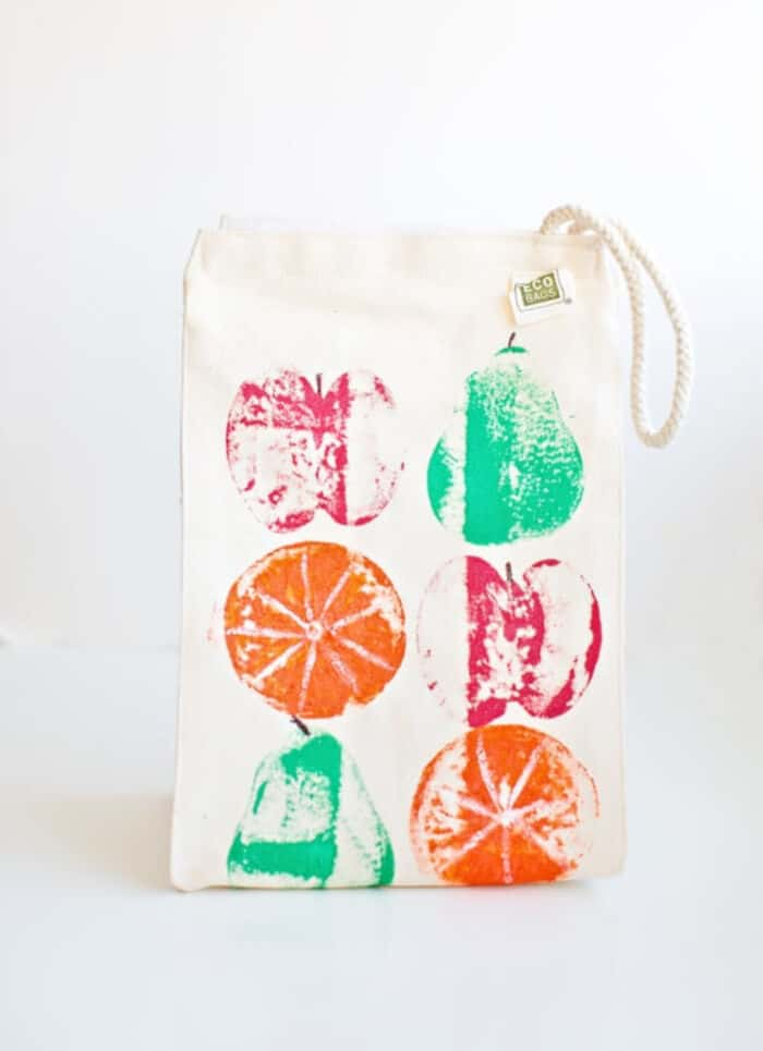 DIY-Fruit-Stamped-Lunch-Bag-by-Hello-Wonderful