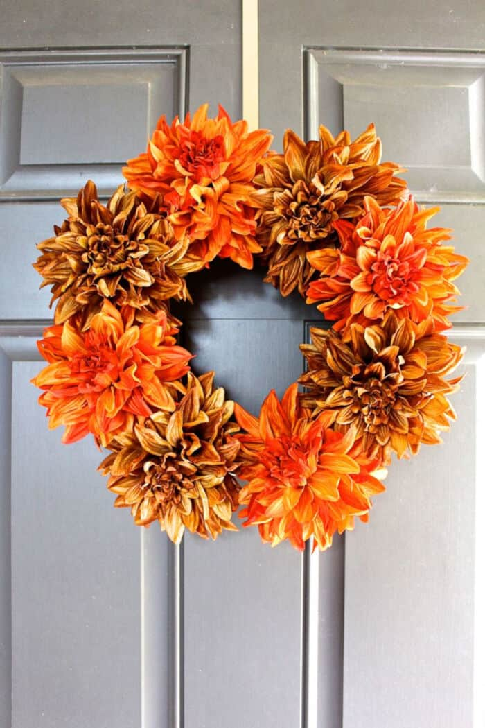 Easy-Fall-Wreath-by-2-Bees-in-a-Pod