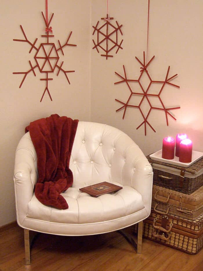 Giant-Craft-Stick-Snowflakes-by-Crafty-Nest