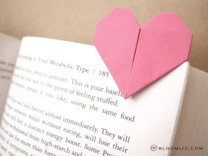 Heart-Page-Marker-by-Bloomize