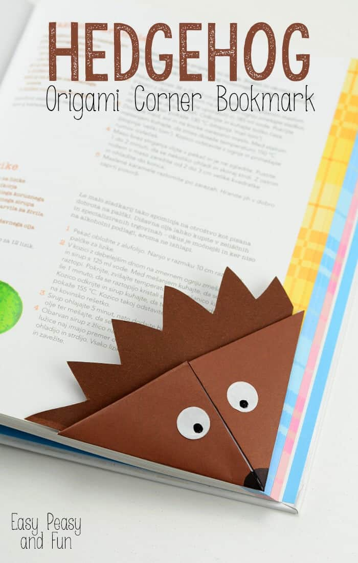 Hedgehog-Corner-Bookmark-by-Easy-Peasy-and-Fun