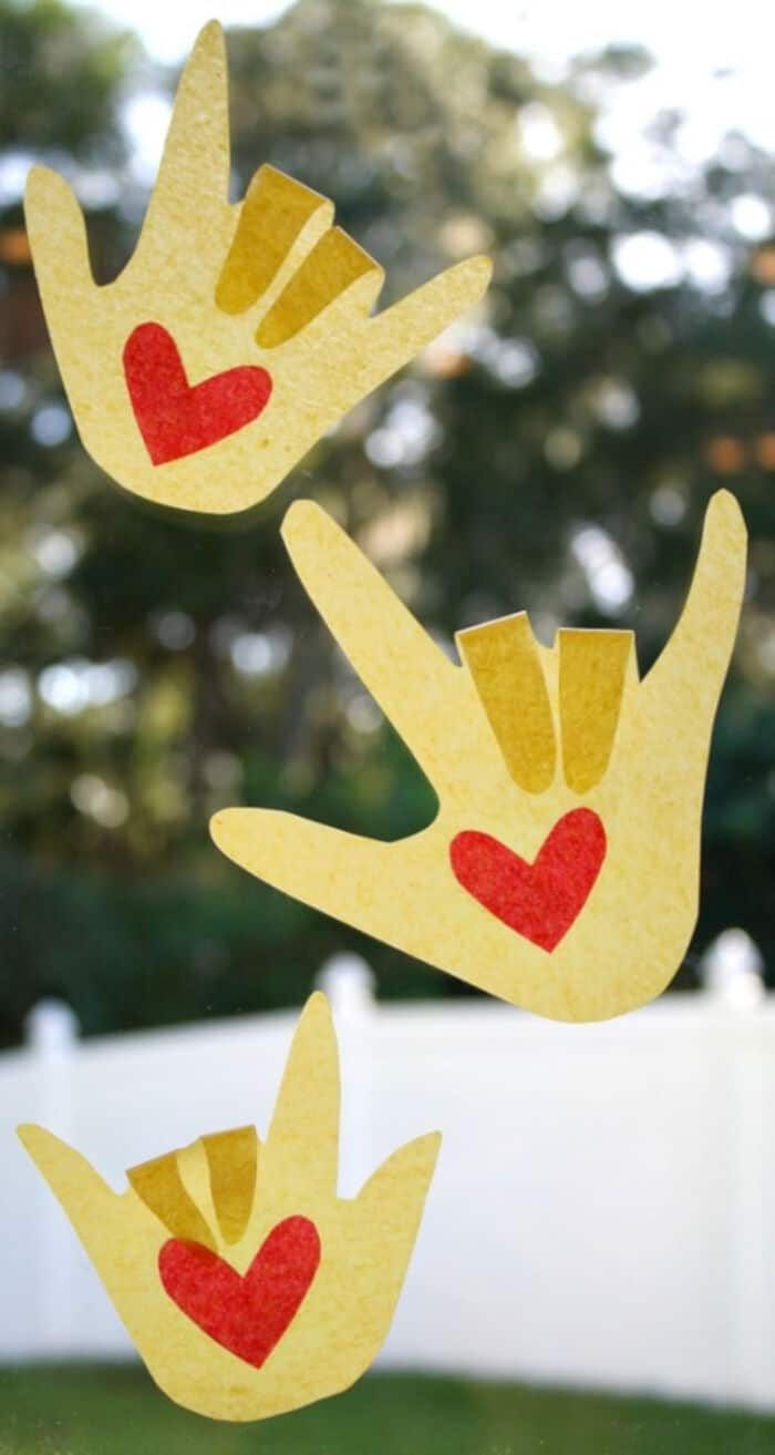 Kissing-Hand-Suncatcher-Craft-for-Back-to-School-by-Fantastic-Fun-and-Learning