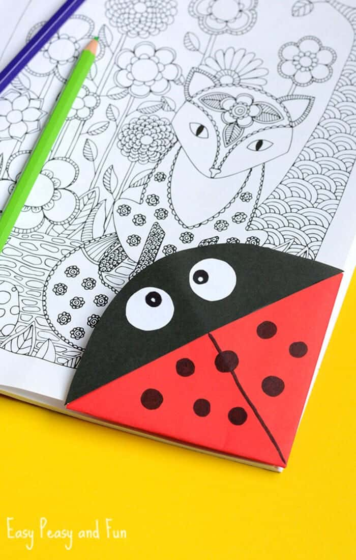 Ladybug-Corner-Bookmark-by-Easy-Peasy-and-Fun