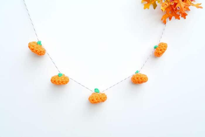 Little-Crochet-Pumpkin-and-Garland-by-Mama-In-A-Stitch