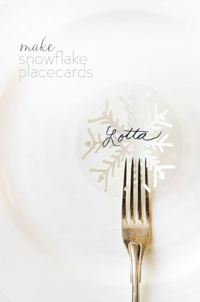 Make-Snowflake-Placecards-by-Willowday