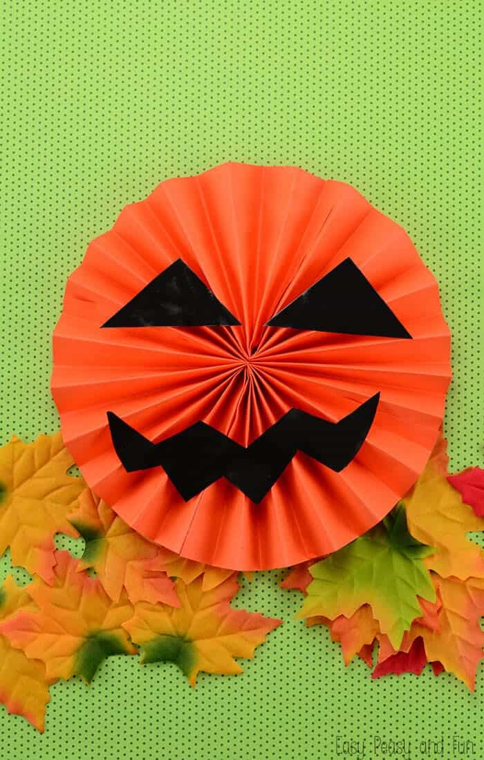 Paper-Jack-O-Lantern-by-Easy-Peasy-and-Fun