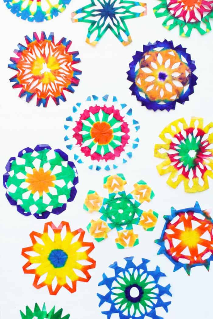 Psychedelic-Snowflake-Craft-by-Babble-Dabble-Do