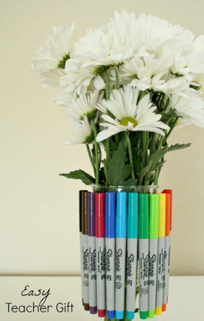 Sharpie-Bouquet-Teacher-Gift-by-Fantastic-Fun-and-Learning