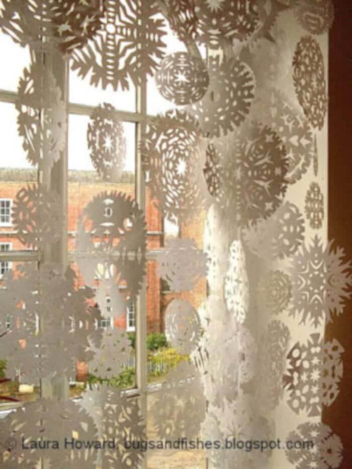Snowflake-Curtain-by-Bugs-and-Fishes-by-Lupin