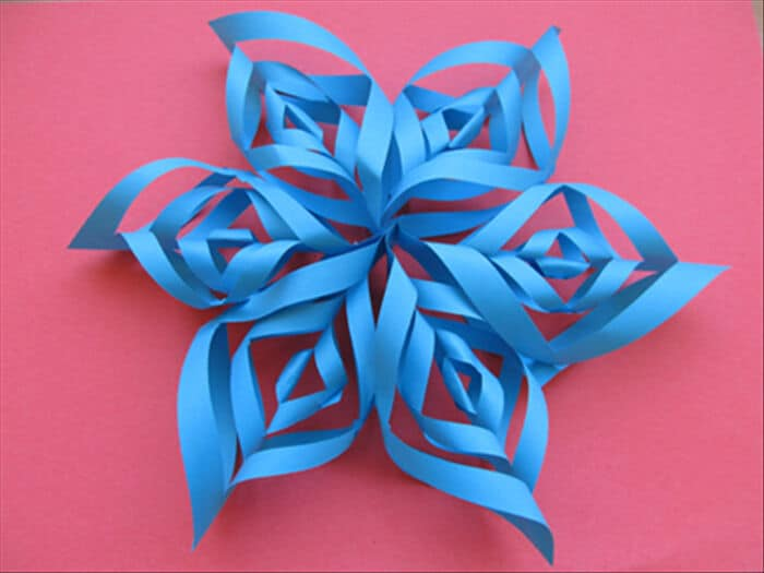 Snowflake-Twist-Decoration-by-U-Can-Do-Stuff