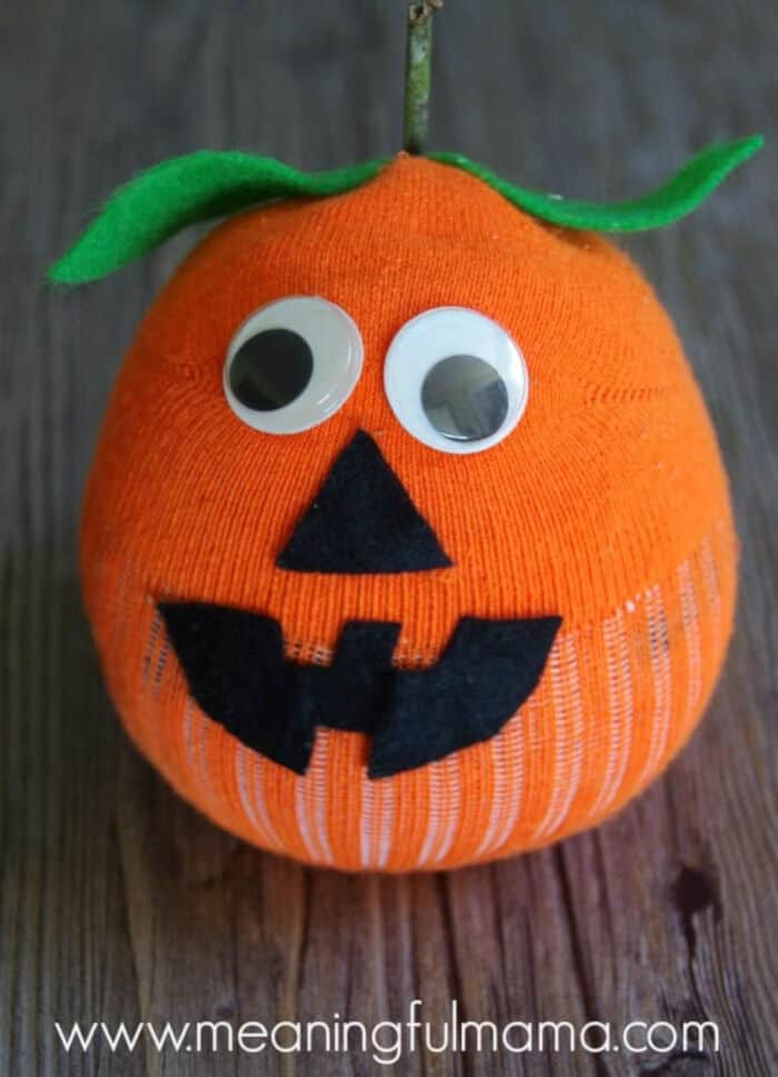Sock-Pumpkin-Craft-by-Meaningful-Mama