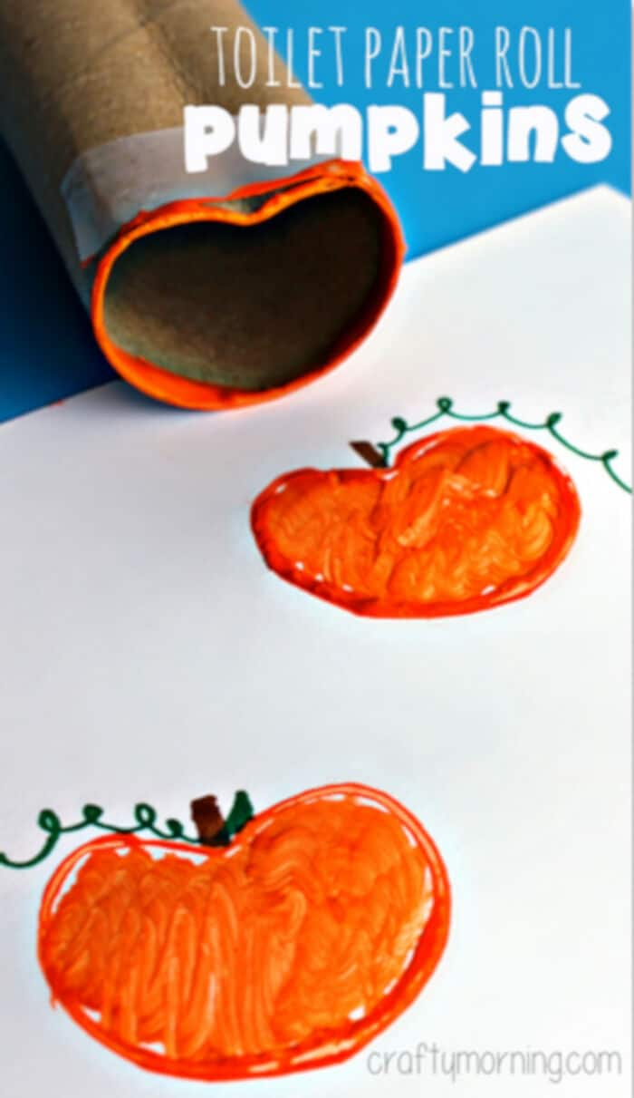 Toilet-Paper-Roll-Pumpkin-Stamp-Craft-for-Kids-by-Crafty-Morning