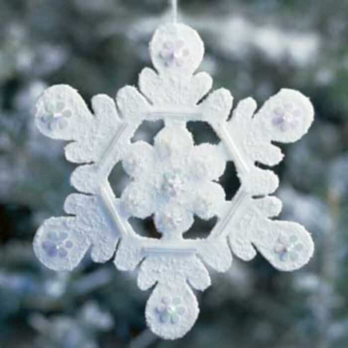 Winter-Wool-Snowflake-by-Better-Homes-and-Gardens