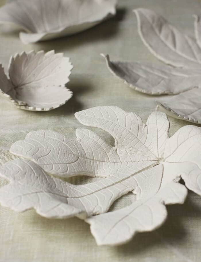 Clay-Leaf-Bowls-by-Urban-Comfort