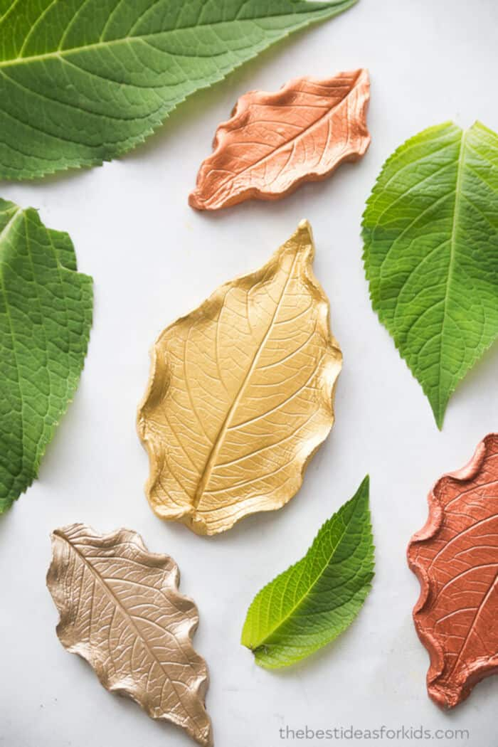 Leaf-Clay-Dish-by-The-Best-Ideas-for-Kids